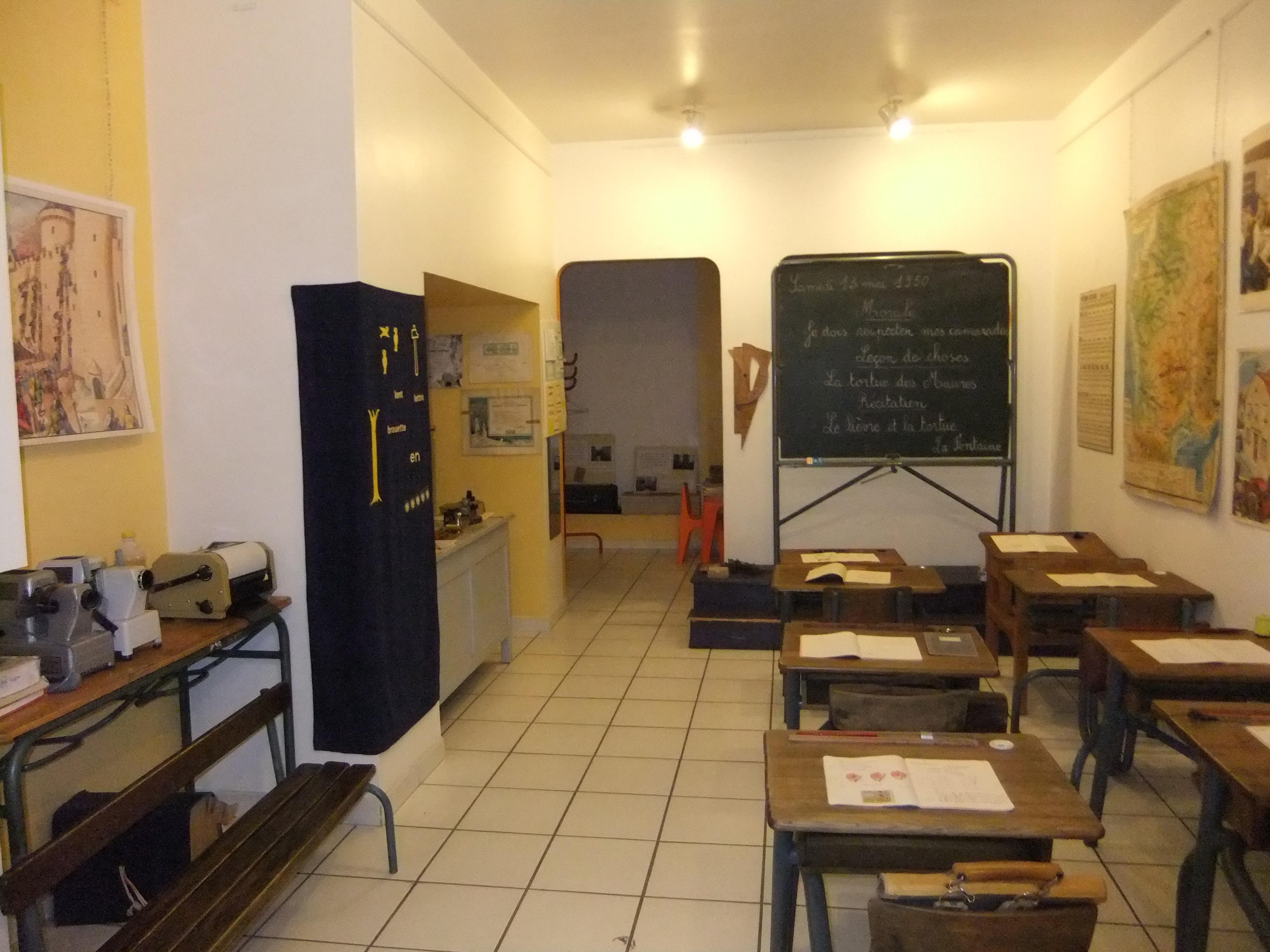 Musée de l'école des années 50 à nos jours