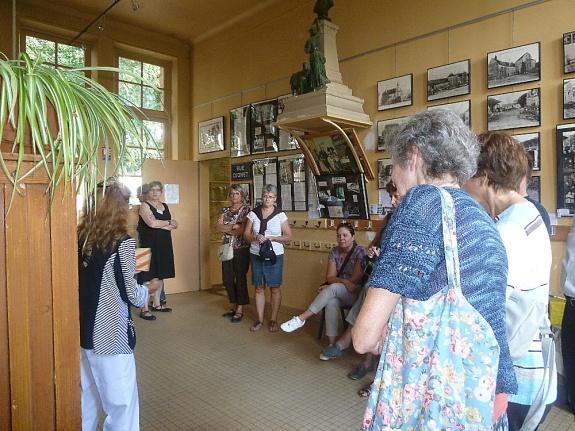 École de Pouilly le Fort - Salle d'exposition