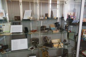 Salle d'exposition - Le musée de la Maison d'École à Montceau-les-Mines