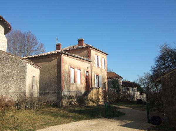 Musée de l'école rurale d'autrefois à Saint-Pierre-de-Buzet (47160)