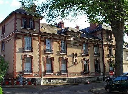 Musée de L'école de Chartres - École de la Bréche