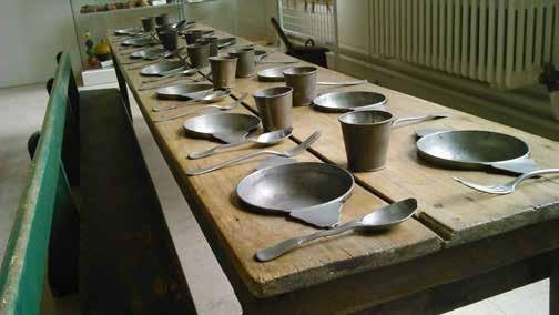 Musée de l'école de Chartres : cantine de la salle d'asile