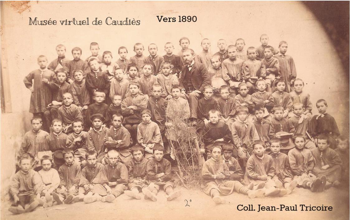 Musée virtuel de Caudiès - Photo de classe 1890 env.