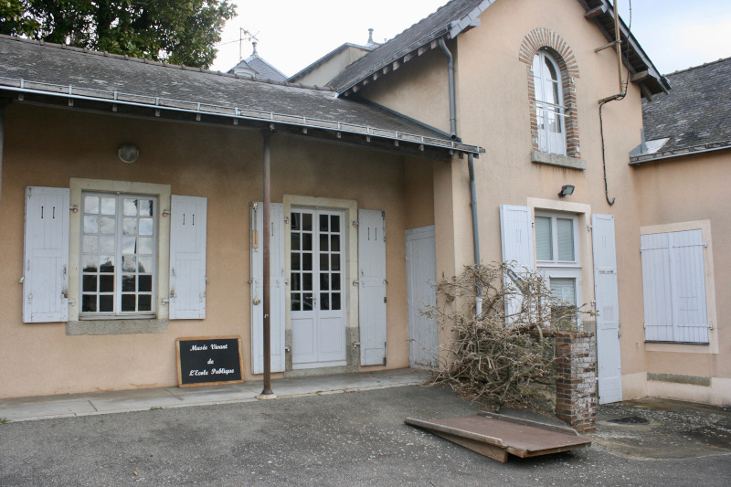 Musée vivant de l'école publique à Laval en Mayenne
